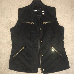 Pendleton quilted vest w/ leather trim & gold